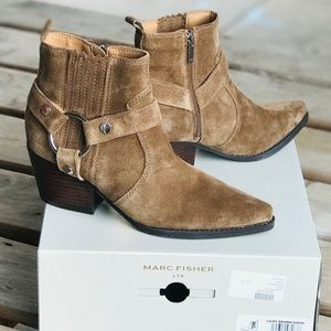 New! Marc Fisher Halie Boots Light Brown Suede